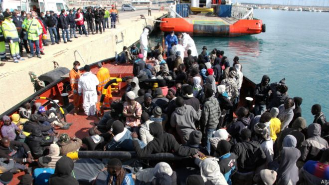150417003813_migrants_624x351_ap