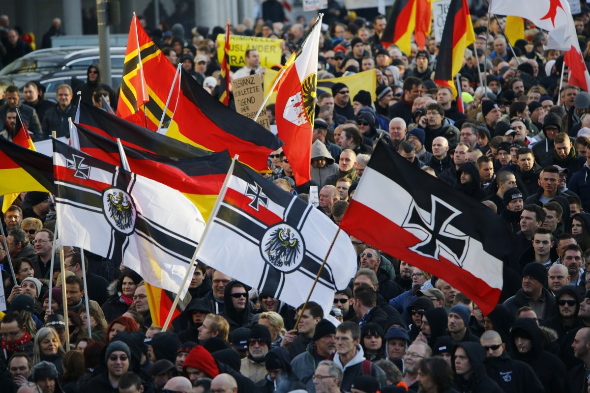 the-demonstration-is-being-held-in-the-central-square-where-the-assaults-took-place-protesters-include-the-pegida-movement-and-the-local-far-right-group-pro-nrw-according-to-afp