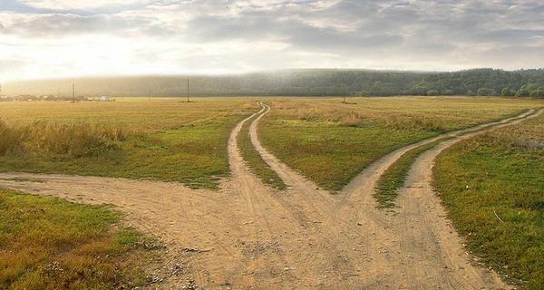 Три дорожки, три пути постпутинской России