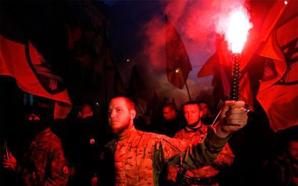 В Киеве и Херсоне украинские националисты провели акции памяти герое Кут