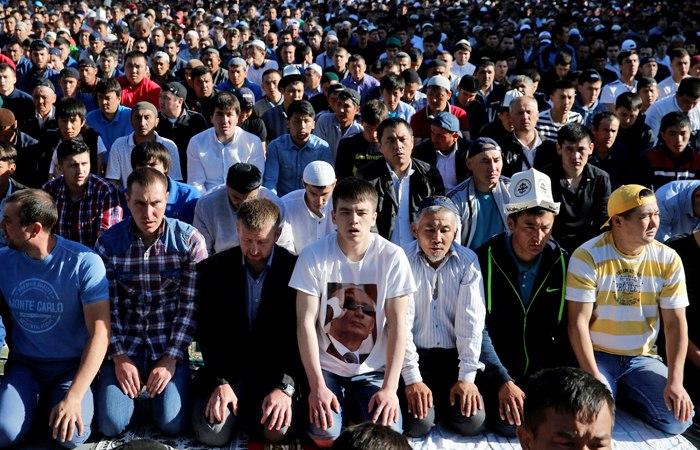 Большинство граждан РФ поддерживает требование Комитета НС об отмене упрощённого порядка получения гражданства для выходцев из СНГ
